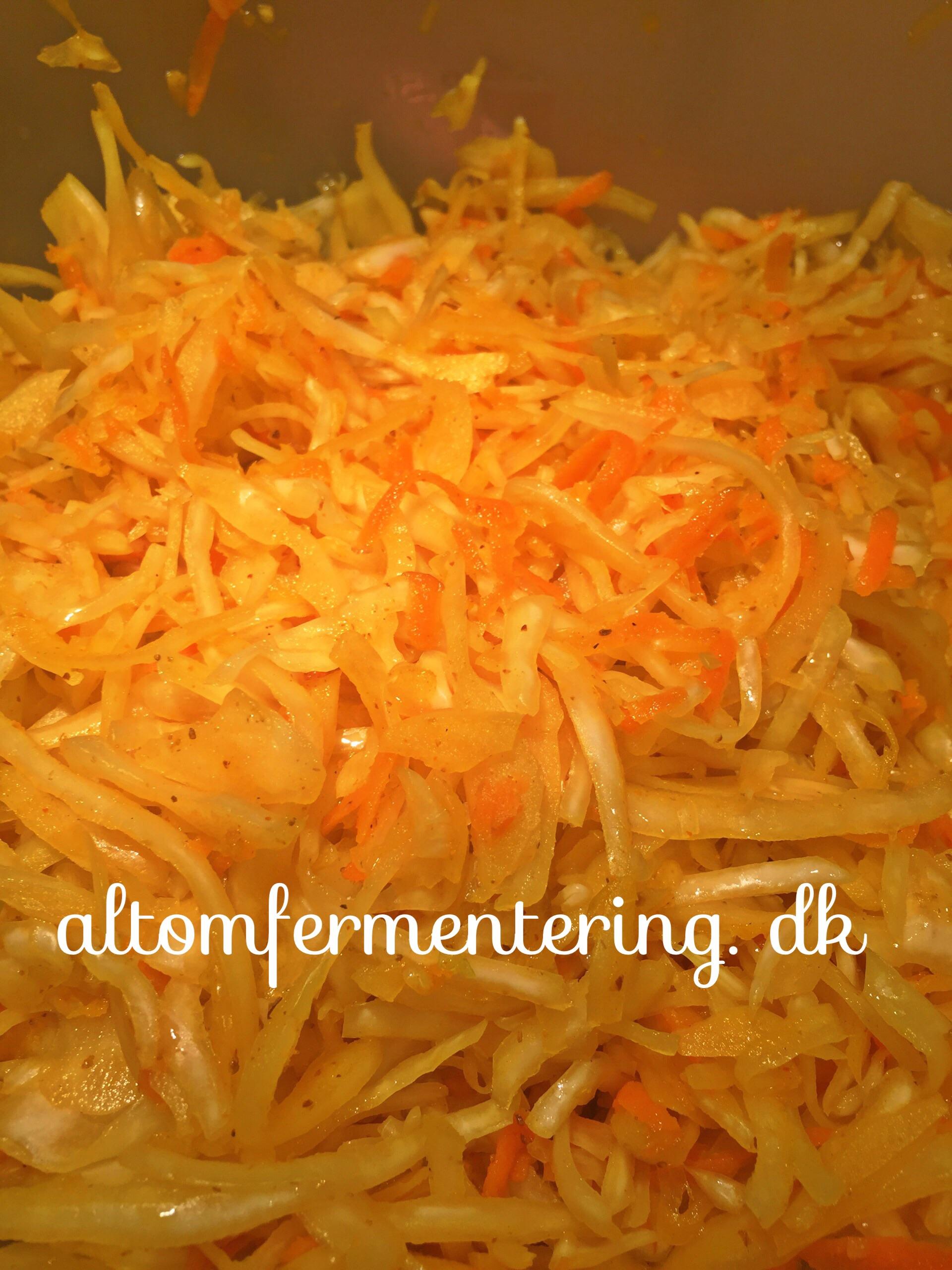 Surkål/Sauerkraut Video Opskrift